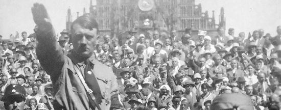 Hitler 1928 (Wikipedia)